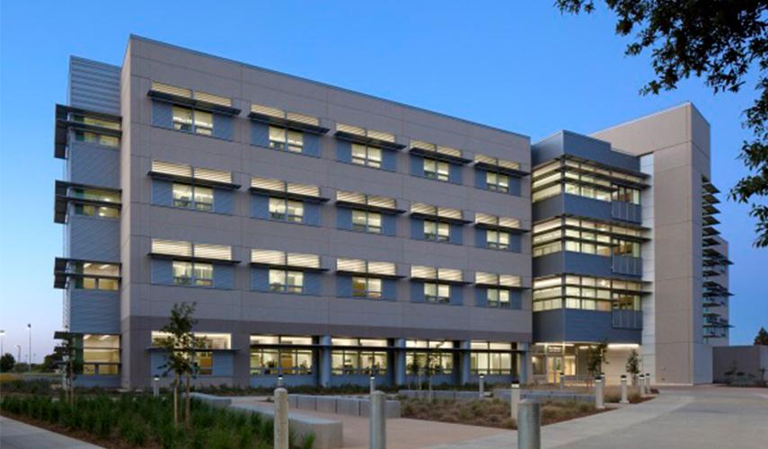 Building of Vet Med 3B